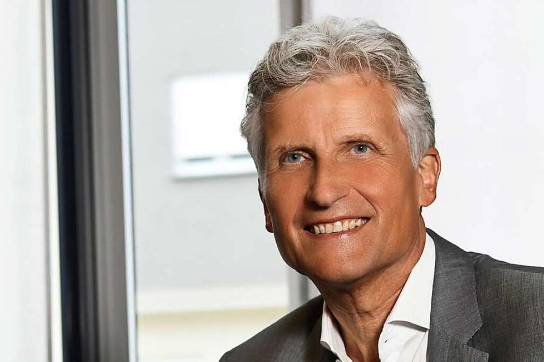 Rolf Schönbett tritt nach fast 50 Jahren bei der Volksbank in den Ruhestand.    Foto: Juri Junkov