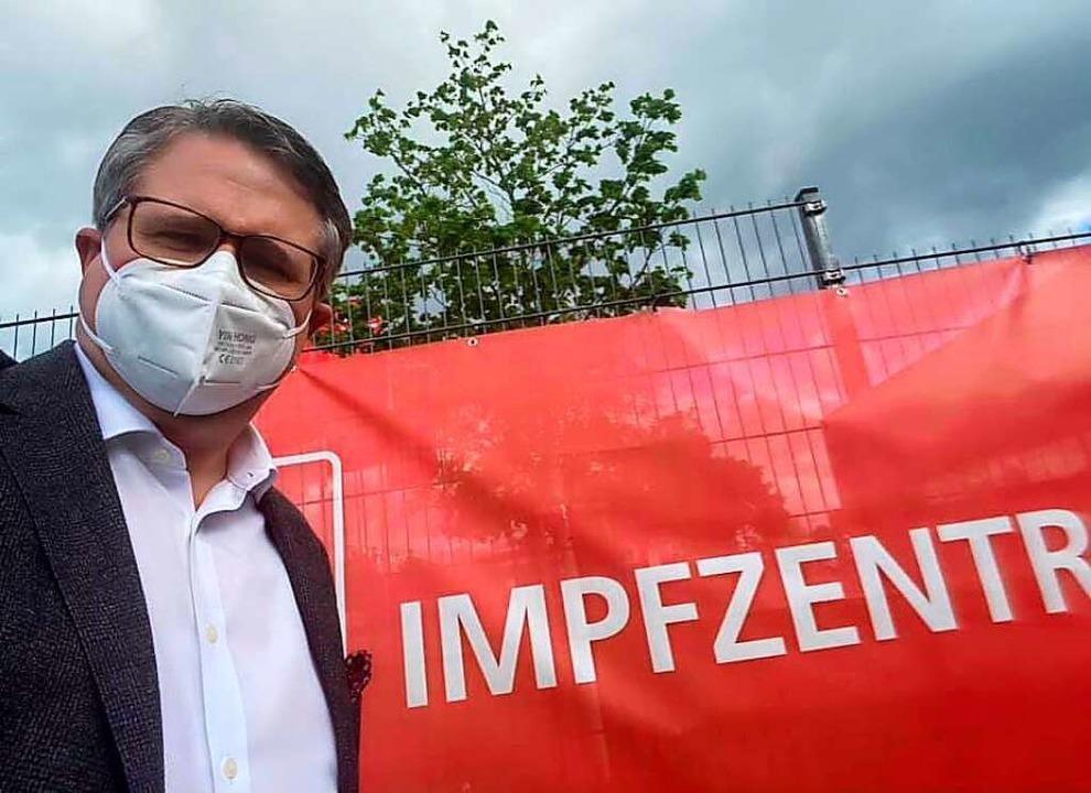 Tobias Benz ist als Mitglied im kommunalen Krisenstab impfberechtigt.  | Foto: Dora Schöls