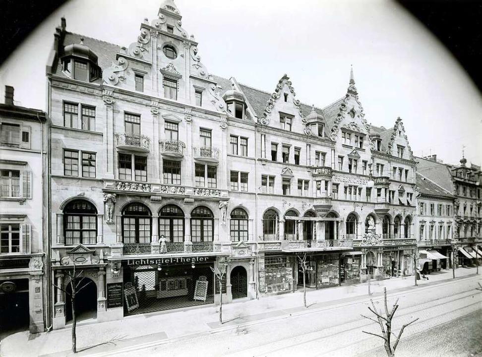 Fast wie heute: Der Friedrichsbau 1911 – im Jahr der Kino-Eröffnung.  | Foto: G.Roebcke/Stadtarchiv Freiburg (Signatur: M 737 / 6028)