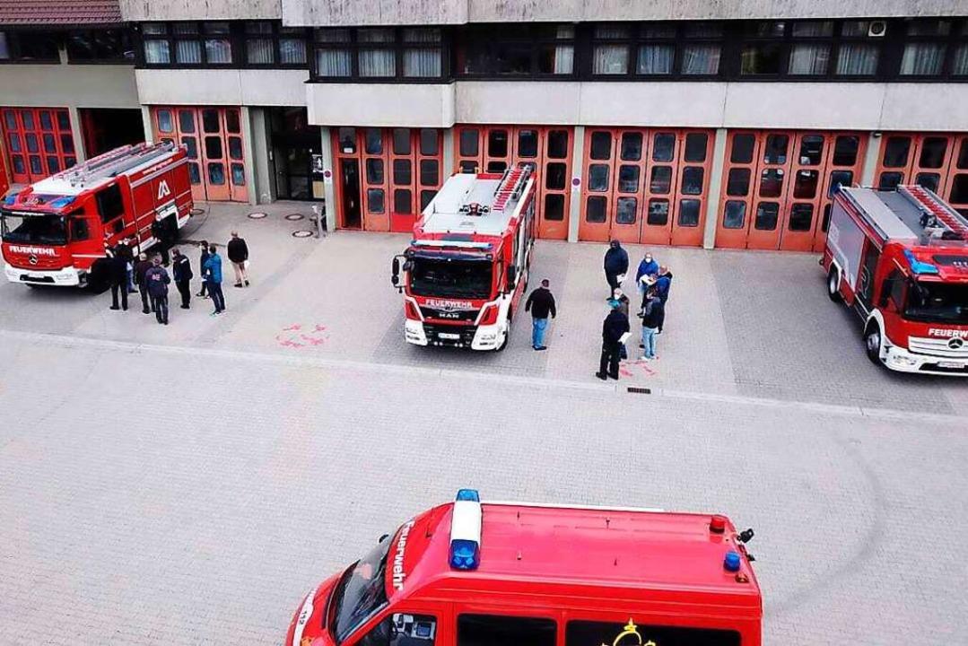 Die angebotenen Feuerwehrfahrzeuge kon...ag begutachten und direkt vergleichen.    Foto: Daniel Wagner (Feuerwehr St. Blasien)