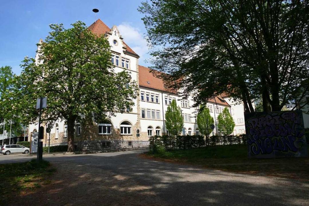 Neuer Lernstoff in alten Gemäuern: das Markgräfler Gymnasium in Müllheim.  | Foto: Ralf Strittmatter