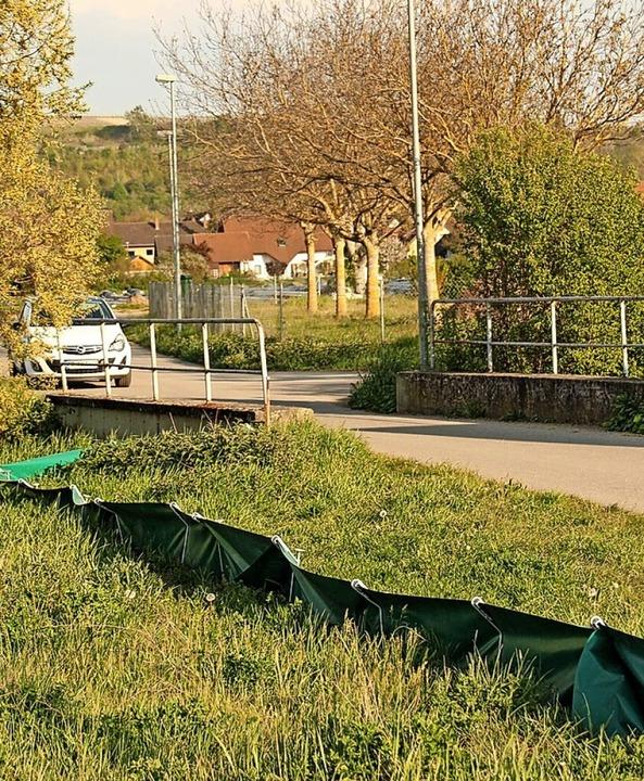 Wie sicher ist die Brücke an der Einfahrt ins Gewerbegebiet?    Foto: Mario Schöneberg