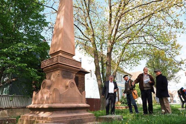 Aus dem Kenzinger Kriegerdenkmal wird ein Kriegermahnmal