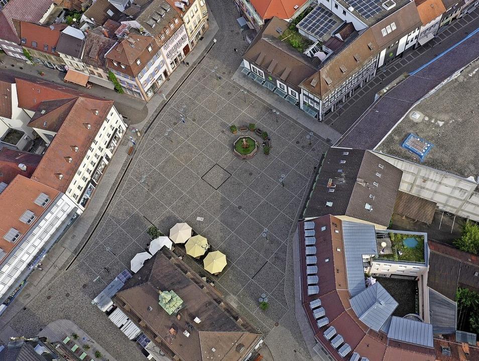 Der Emmendinger Marktplatz am frühen Morgen (Archivfoto).  | Foto: Matthias Weniger