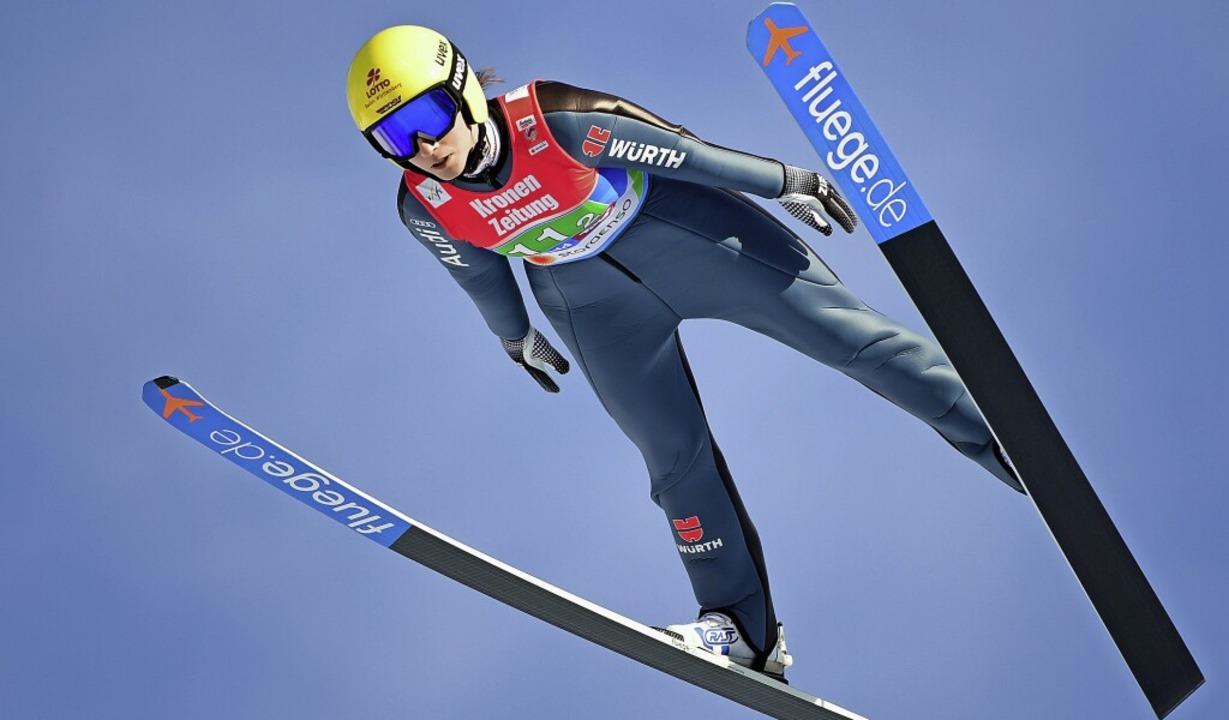 Sternstunde in Seefeld: Im Teamspringe...n Ski-Weltmeisterschaft den WM-Titel.   | Foto: Hendrik Schmidt