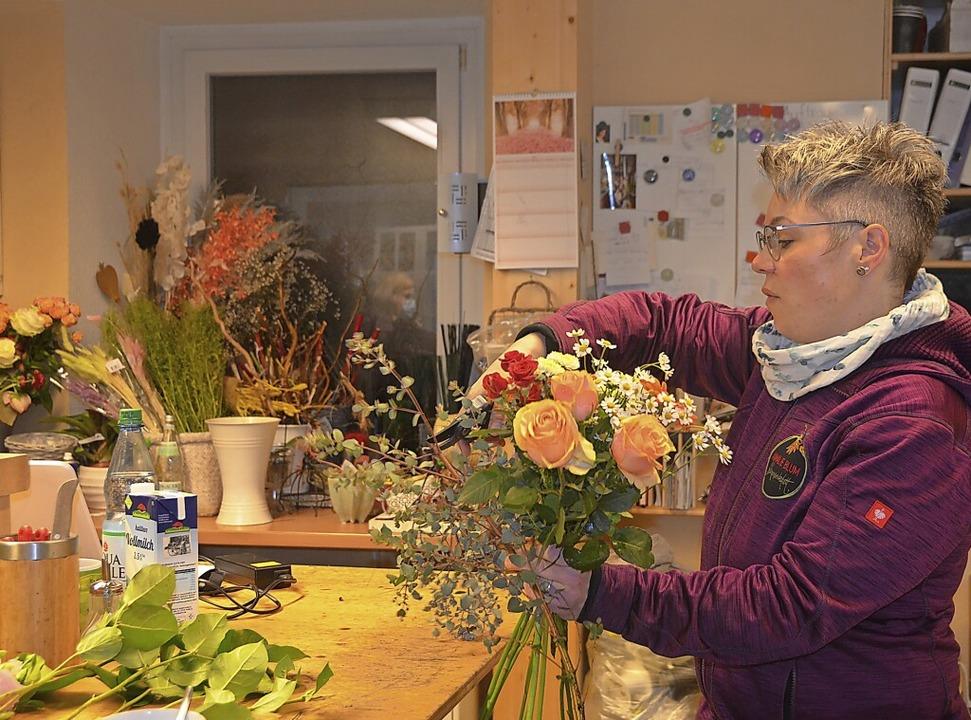 Diana Köpfer und ihrer Mitarbeiterinne...ünsche der Kunden erfüllen zu können.     Foto: Christiane Sahli