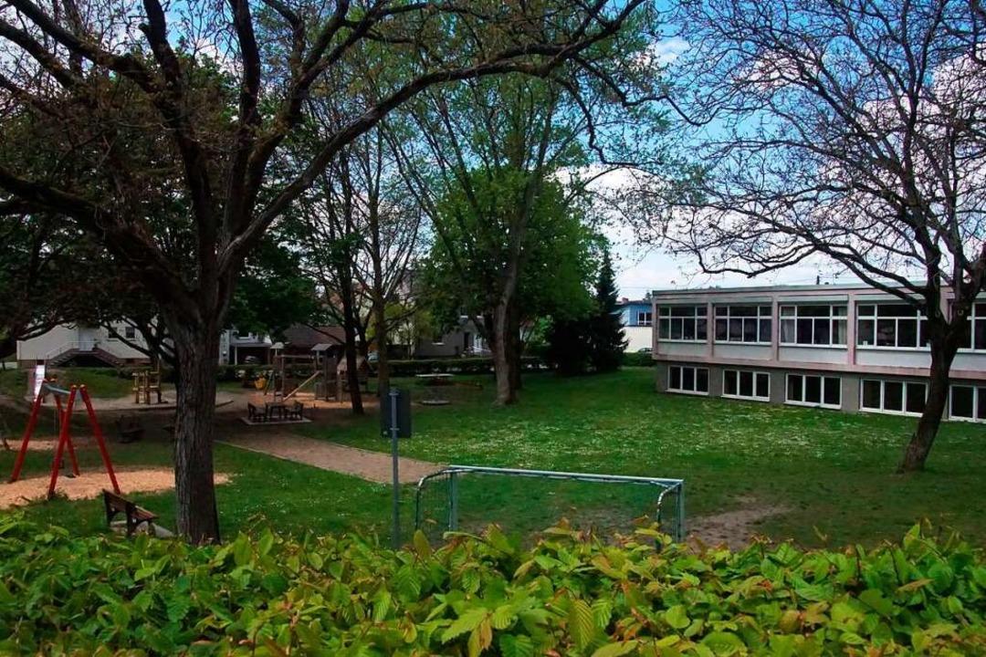 Der Kenzinger Gemeinderat kippte den B...ür eine Schulsporthalle an der Schule.    Foto: Ilona Huege
