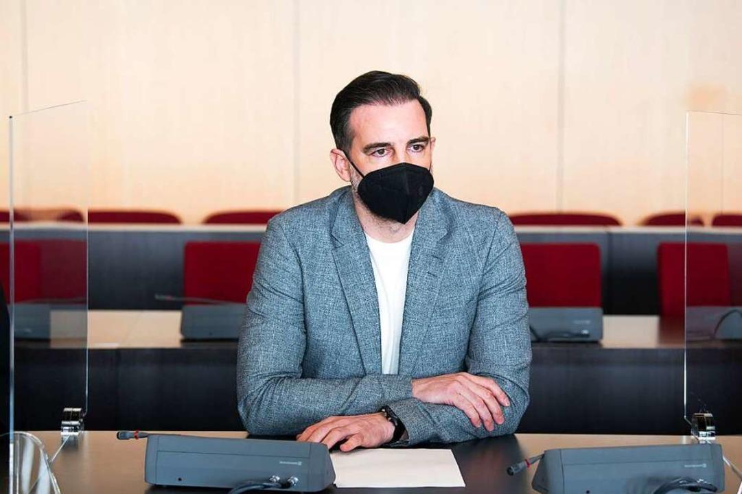 Christoph Metzelder in der vergangenen Woche vor Gericht in Düsseldorf.  | Foto: Federico Gambarini (dpa)