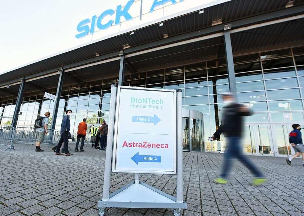 Neben dem Astrazeneca-Aktionstag gab e...fbetrieb mit vorab gebuchten Terminen.  | Foto: Rita Eggstein