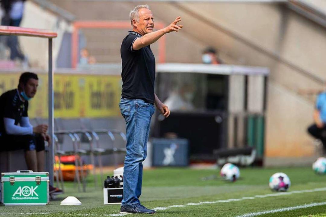 SC-Trainer Christian Streich im Spiel gegen die Kölner.  | Foto: Rolf Vennenbernd (dpa)