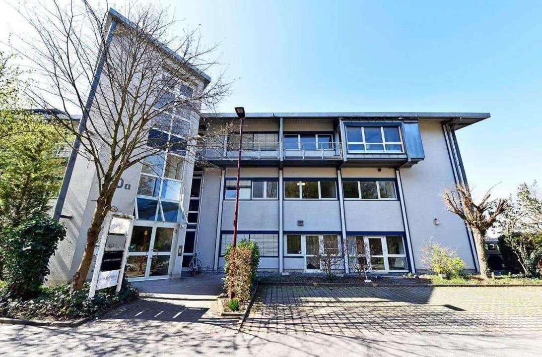 Noch hat das Architekturbüro Sennrich ...eine Adresse in der   Rheinuferstraße.    Foto: Thomas Kunz
