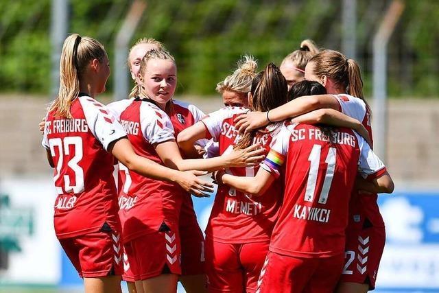 Feiertagsstimmung bei den Frauen des SC Freiburg