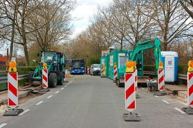 Autofahrer ignorieren Durchfahrtsverbot in der Rheinstraße in Lahr