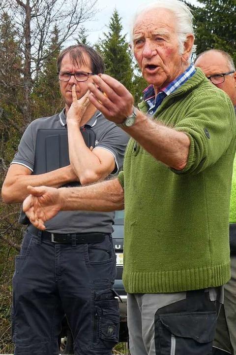 Dieter Knöbel berichtete über die Müll...iets Windgfällweiher durch Tagesgäste.    Foto: Peter Stellmach