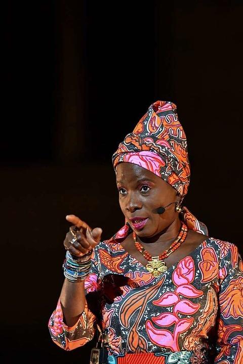 Angélique Kidjo soll am 21. Juli im Burghof auftreten.  | Foto: BERTRAND LANGLOIS