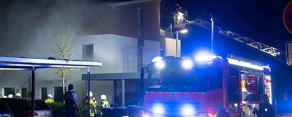 Drei Menschen bei Brand in Reihenhaus in Müllheim verletzt