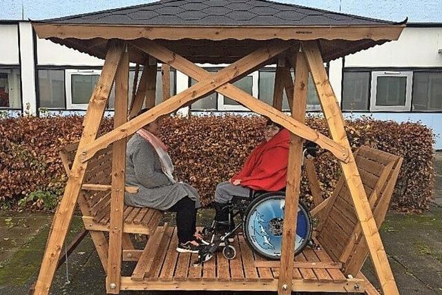 Behringer Hof hat Aussicht auf eine Rollstuhlschaukel
