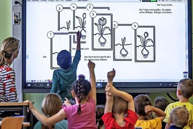 Grundschulen erhalten digitale Netzwerktechnik