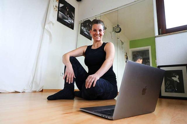 Die vor dem Laptop tanzen – Ballett- und Tanzunterricht im Lockdown