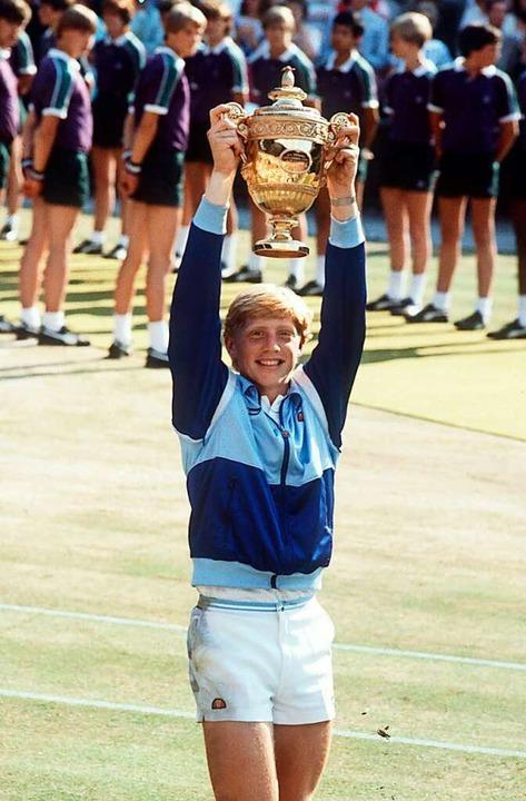 Weiß den Augenblick zu schätzen &#8211...em Wimbledonsieg 1985 als 17-Jähriger.  | Foto: Schrader