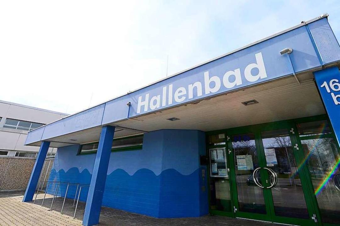 Derzeit geschlossen: das Hochdorfer Hallenbad.     Foto: Ingo Schneider