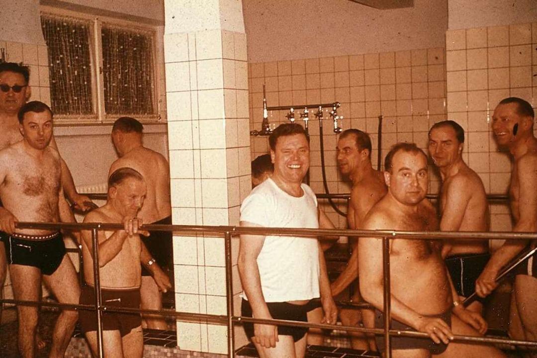 Als die Klinik in Elzach noch reine Ku... bei den Anwendungen im Kneipp-Becken.    Foto: BDH-Klinik Elzach