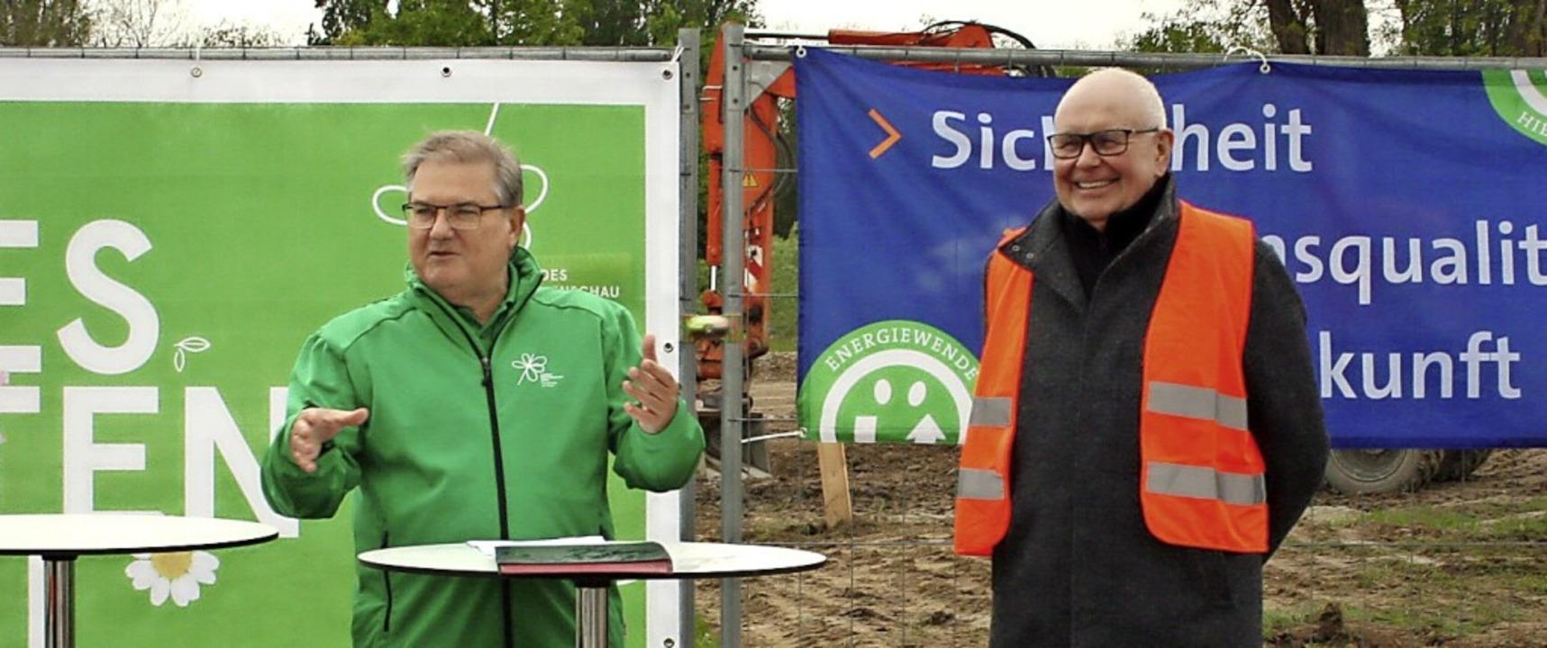 Bürgermeister Joachim Schuster und Badenova-Vorstand Mathias Nikolay  | Foto: LGS2022 Neuenburg am Rhein GmbH