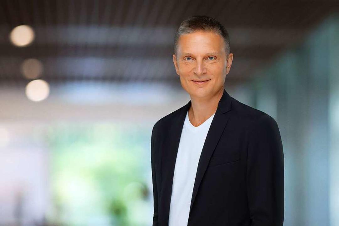 Michael Willi, im Hauptberuf Kommunika...t Präsident der Theatergenossenschaft.  | Foto: Theater Basel