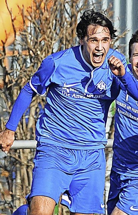 Frühes Karriereende vor zwei Jahren: S...r  Jugendkoordinator beim FC Neustadt.  | Foto: Patrick Seeger