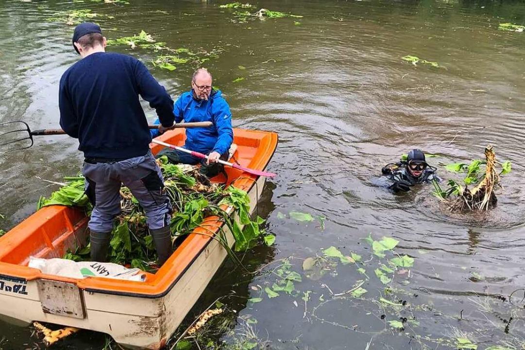 Angler und Taucher arbeiteten zusammen...re Gewässern eingesetzt werden können.  | Foto: Paul Munzinger