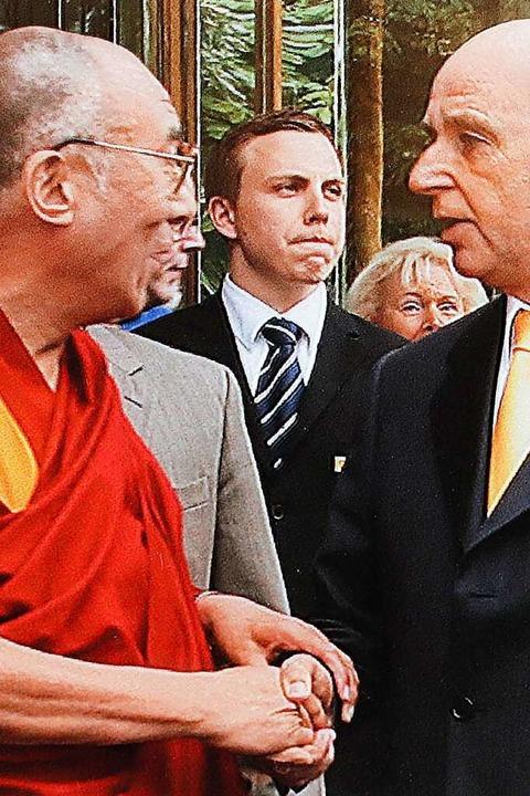 Der Dalai Lama kam 2007 nach Freiburg  | Foto: Autohaus Gehlert