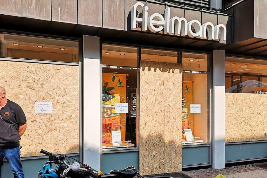 September 2020 hat der Angeklagte Scha...ptikers in der Steinstraße beschädigt.  | Foto: Ralf burgmaier