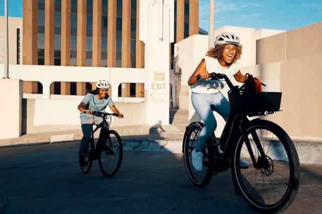 Stadt, Land, Wald - die Specialized SL-Bikes fahren mit Extra-Schub