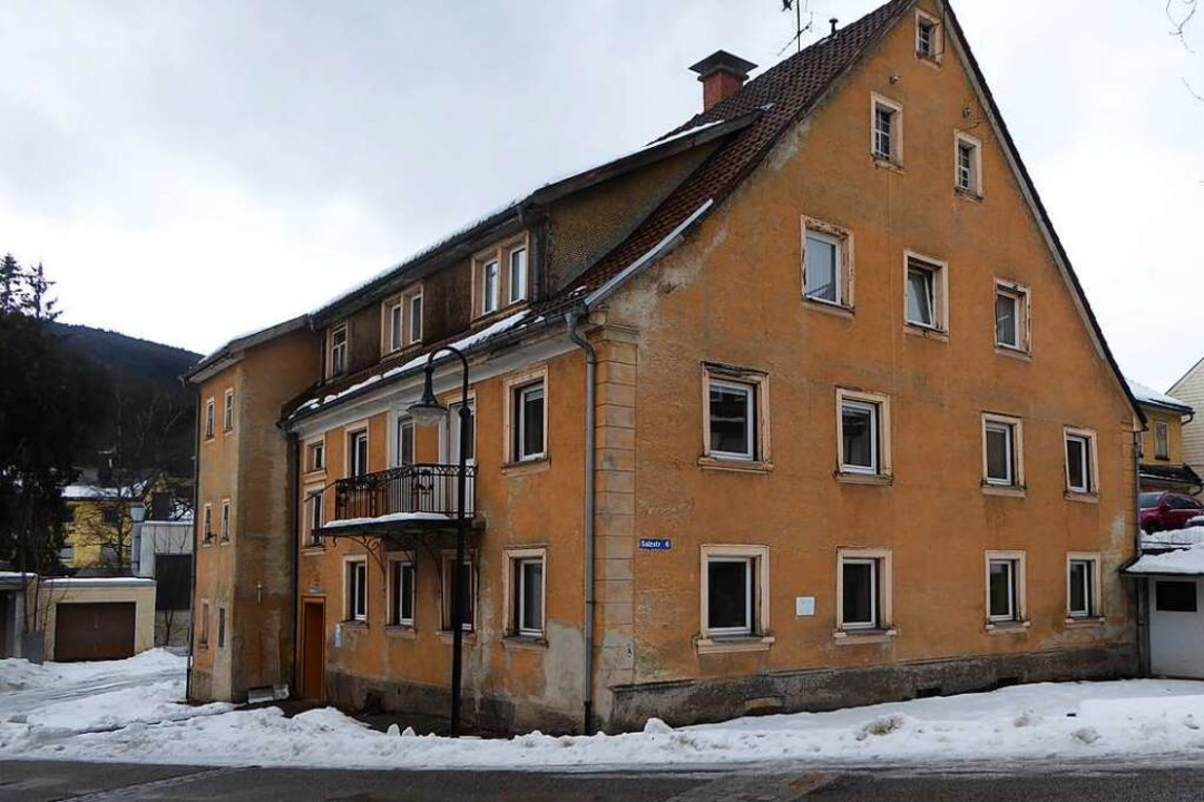 Salzstraße 6 und 6a: Die alten Gebäude...n Platz für das altersgerechte Wohnen.    Foto: Peter Stellmach