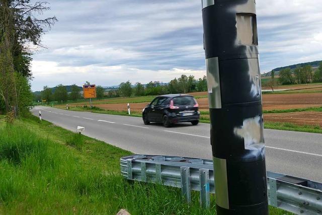 Blitzer in Holzen, Eimeldingen und Wittlingen attackiert