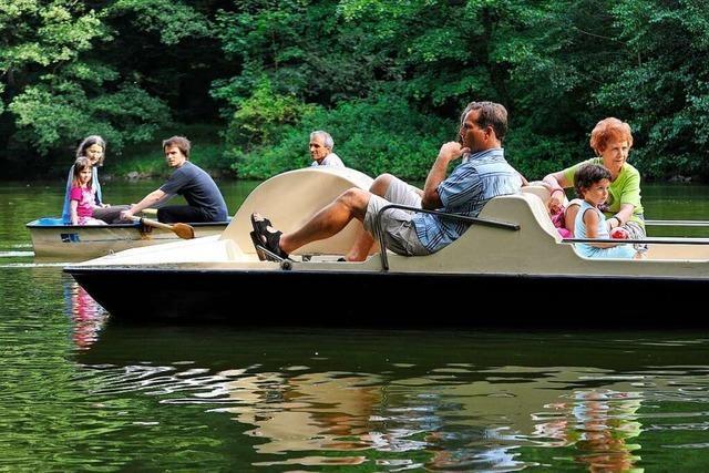 Eine kleine Auszeit: Bootfahren auf dem Waldsee