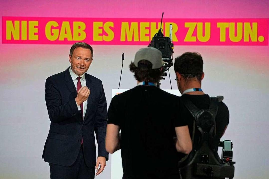 FDP-Chef Christian Lindner beim digitalen Parteitag am Freitag  | Foto: Michael Kappeler (dpa)
