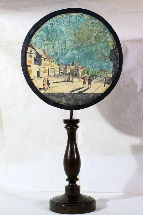 Der Lichtschirm zeigt eine Schopfheimer Abendszenerie.  | Foto: Museum