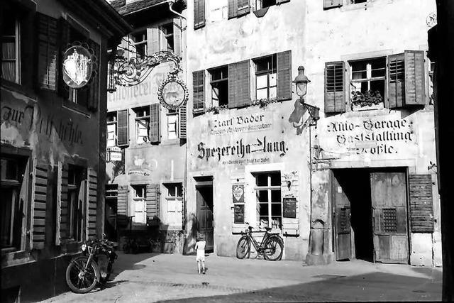 Viele Häuser der Konviktstraße sind Nachkriegsbauten in Vorkriegsoptik