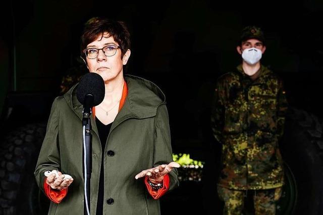 Die Opposition zeigt sich verärgert über Kramp-Karrenbauer