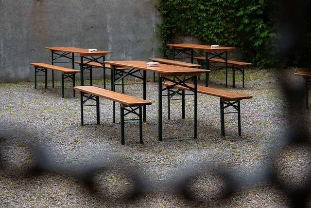 Fotos: Ein verregnet-vorfreudiger Blick in Freiburgs Biergärten