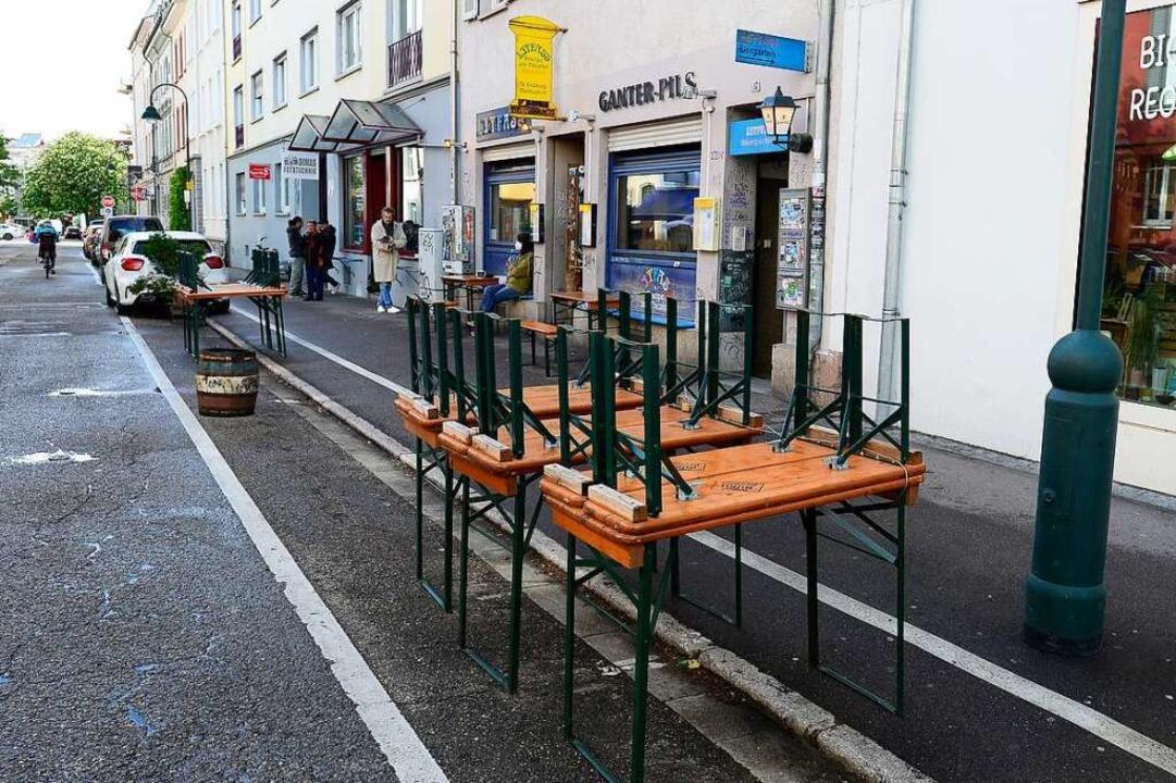 Mehr Außenfläche für die Kneipen, Café...oll auch in diesem Jahr wieder gelten.    Foto: Ingo Schneider