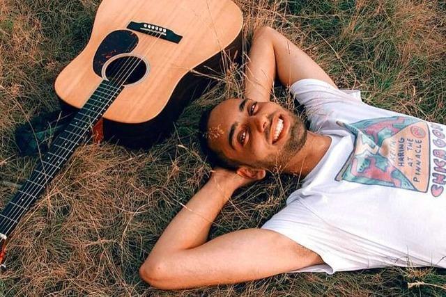 Tagsüber Jura-Student, abends Musiker: Wie Textr seine Songs schreibt