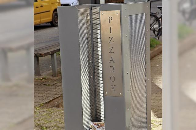 Zwei neue Pizzaboxen