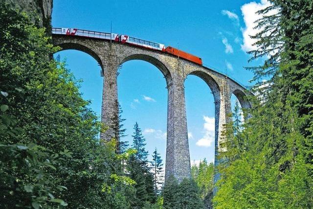 Unterwegs mit dem berühmten Glacier-Express