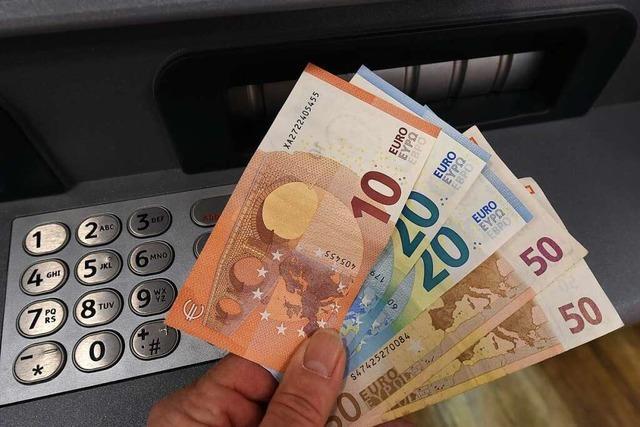 Unbekannte versuchen Geldautomaten in Badenweiler zu knacken