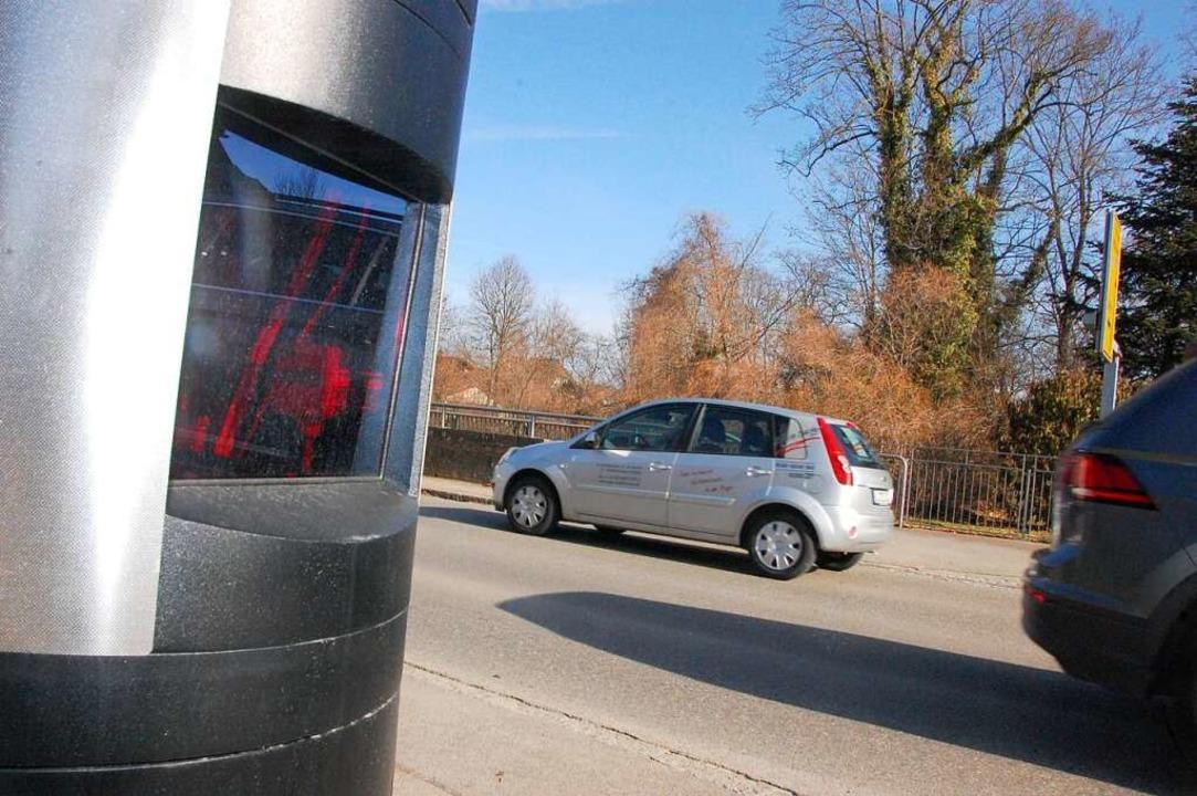 In Eimeldingen wird an der Hauptstraße geblitzt,...  | Foto: Herbert Frey