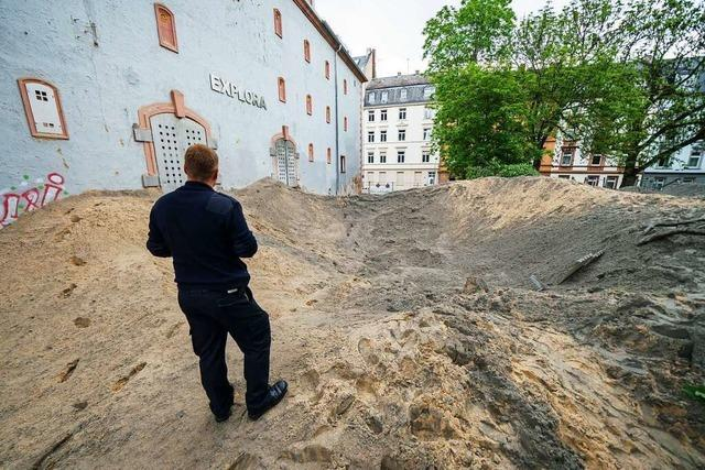 Erleichterung nach Bombensprengung in Frankfurt