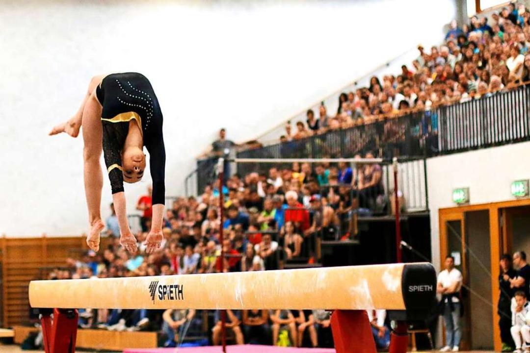 Zu den sportlichen Höhepunkten gehört die Landesmeisterschaft im Kunstturnen.  | Foto: Linn-Marie Hahn