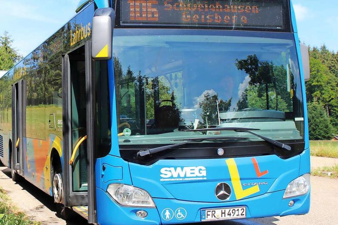 Die Freizeitbusse der SWEG sind von Sonntag an wieder im Einsatz.  | Foto: SWEG